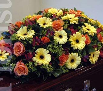 Mixed casket cover in autumn tones